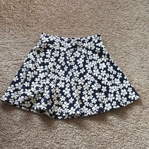 Divided Floral Skirt with Elastic Waist and Zipper